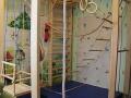 Большие спортивные уголки в детскую комнату