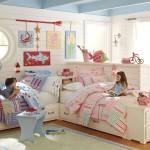 Светлый дизайн детской комнаты для разнополых детей