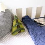 Веселые подушки в интерьер детской комнаты своими руками