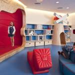 Практичный интерьер детской комнаты для разнополых детей