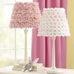 Светильники и мебель детская комната для девочки