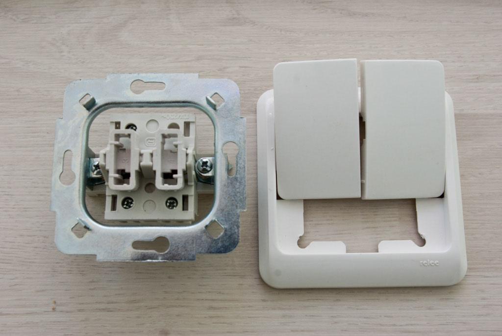 Схема подключения двухклавишного выключателя на две лампочки: правильная технология