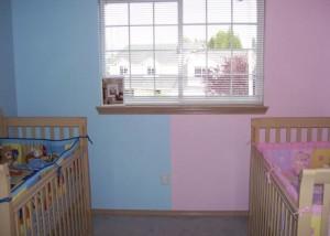 Зонирование детской комнаты для мальчика и девочки новорожденных