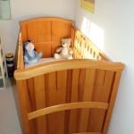 Безопасная кровать для ребенка 2 лет с бортиками