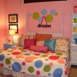 Кровать для девочки от 5 лет фото ярких кругов