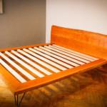 Удобная детская кровать своими руками из дерева фото