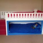 Удобная маленькая кровать для мальчика от 3 лет