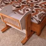 детская кроватка маятник фото