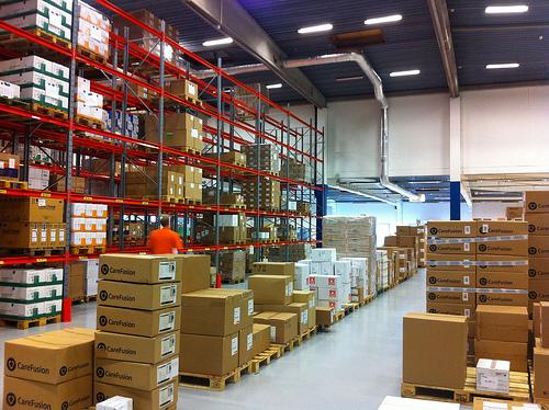 Как выбрать склад для строительных материалов