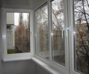 ПВХ остекление для балкона — какие преимущества