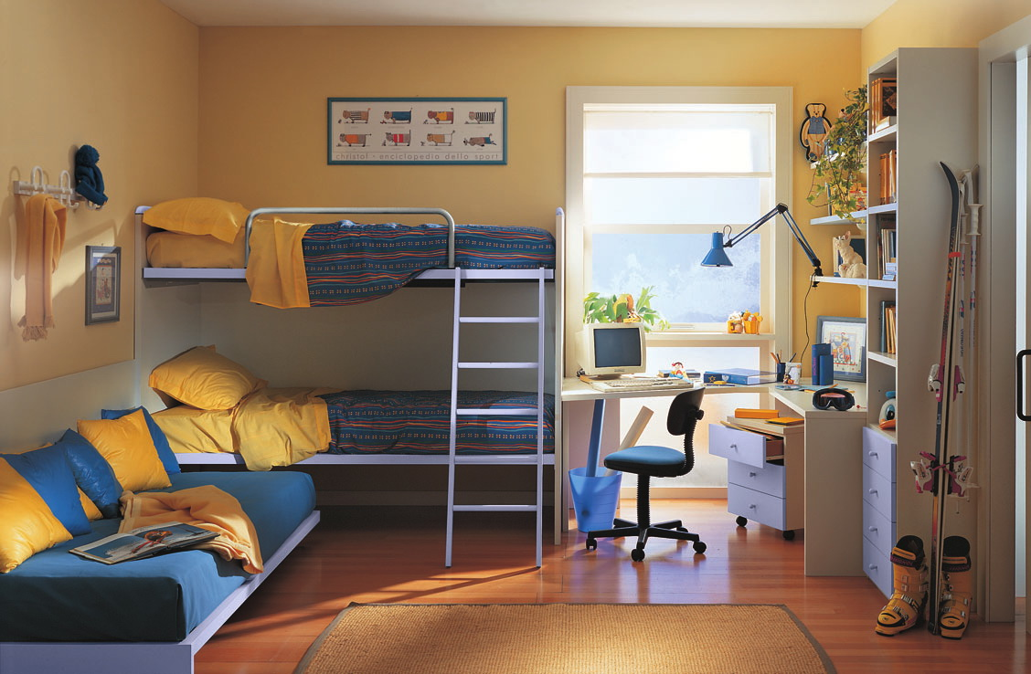 Decorating Ideas > Детская комната для троих детей фотоидеи для создания  ~ 022502_Double Dorm Room Ideas For Guys