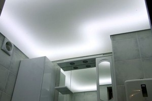 Натяжной потолок с подсветкой 3