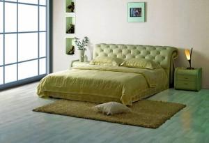Подиумные двуспальные кровати
