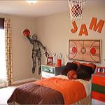 Солнечный интерьер детской комнаты для мальчика