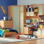 Компактная мебель для маленькой детской комнаты для мальчика
