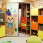 Цветная мебель для детской комнаты для мальчиков фото