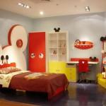Веселая мебель для маленькой детской комнаты для мальчика