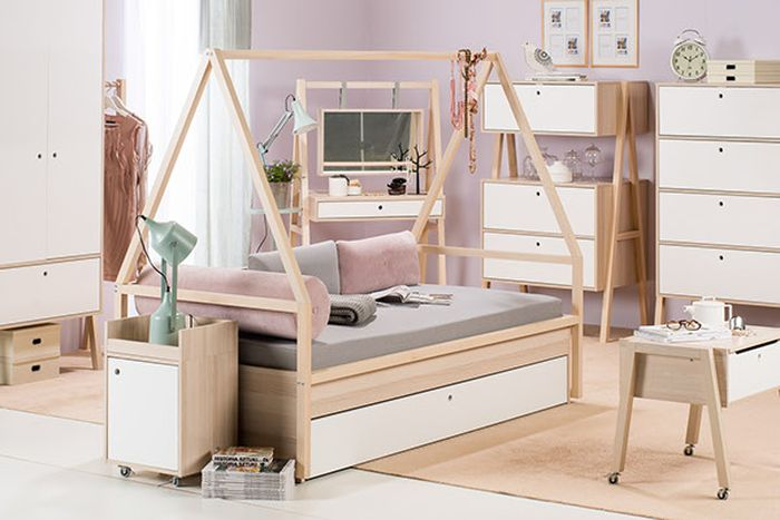 Детская деревянная мебель и её достоинства