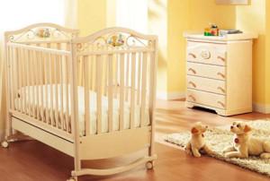 Детская мебель из фанеры и светлый дизайн