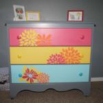 Яркая мебель детская комната для девочки