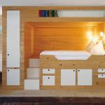 Классическая детская кровать подиум с рабочей зоной