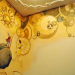 Роспись стен в детской комнате своими руками в желтых тонах