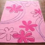 Розовые детские ковры