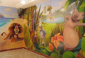 Внутренняя фасадная роспись стен в детской комнате фото