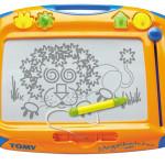красивая яркая доска для рисования для детей