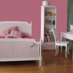 Нежная кровать для девочки фото стиля минимализм