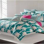 Нежные привлекательные покрывала на кровать в спальню фото