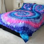 Яркие красивые покрывала на кровать фото