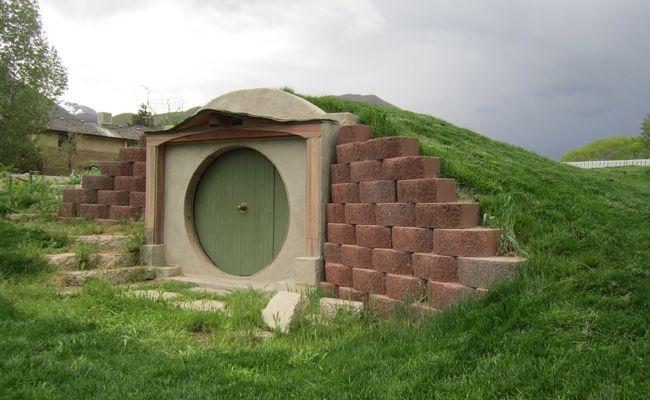 Дом Хоббита (со стороны)