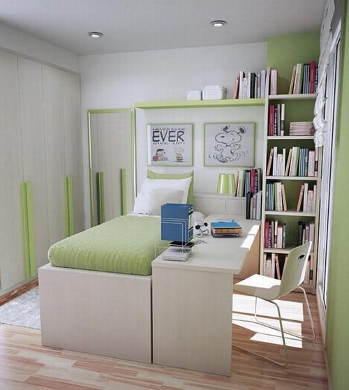 Небольшая детская комната